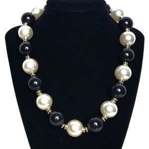 Vintage Chunky Round Ball Bead Necklace